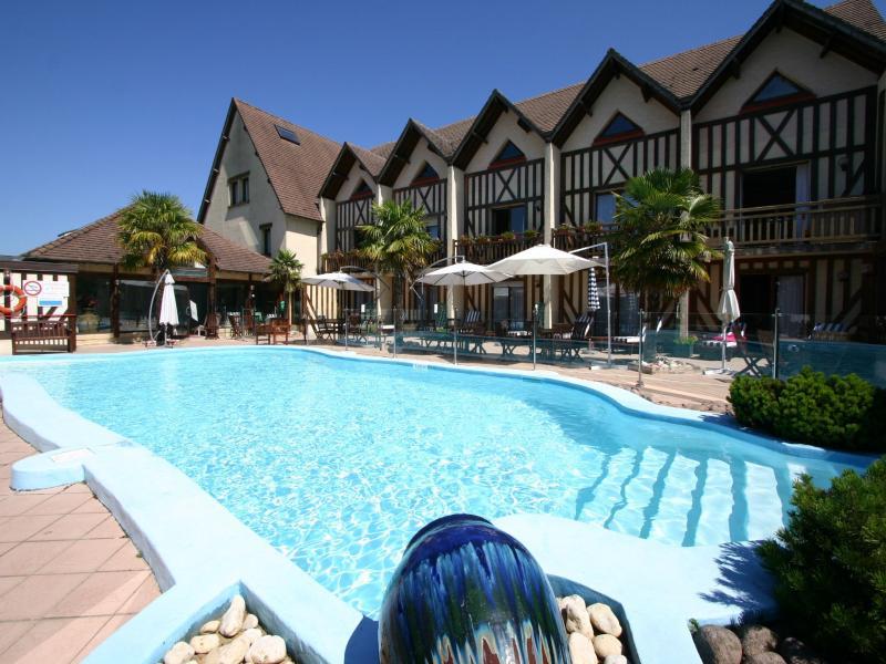 Spa hotel deauville bien etre spa hotel restaurant for Hotels deauville