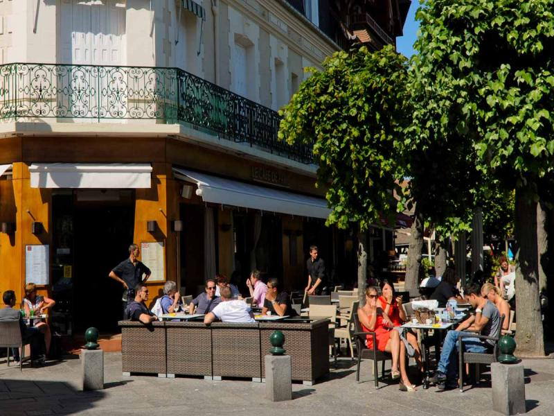 cafe de paris deauville