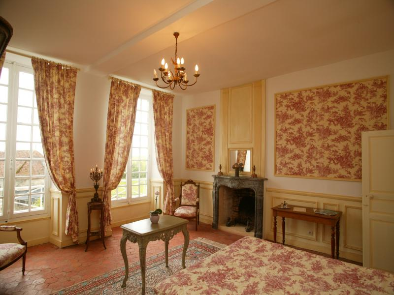 chateau normandie chambres d 39 hotes en normandie chambre fran ois en normandie. Black Bedroom Furniture Sets. Home Design Ideas