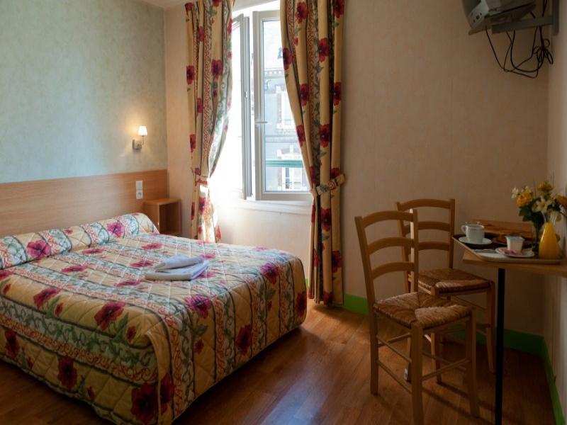 Hotel belleme hotel orne belleme en normandie dans le for Reservation hotel par mail