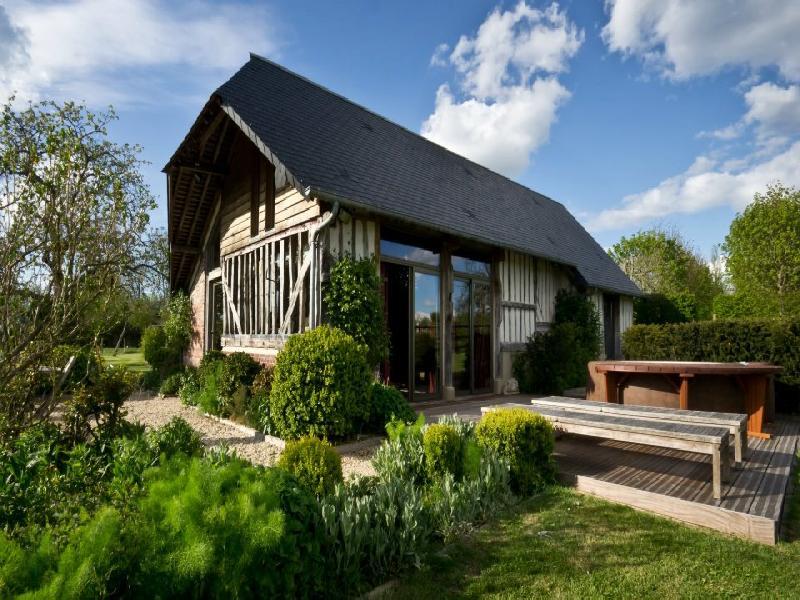 gite deauville normandie gite de luxe normandie en france. Black Bedroom Furniture Sets. Home Design Ideas