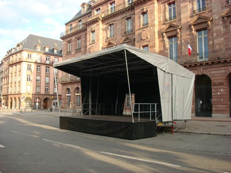 Scène mobile 63m²
