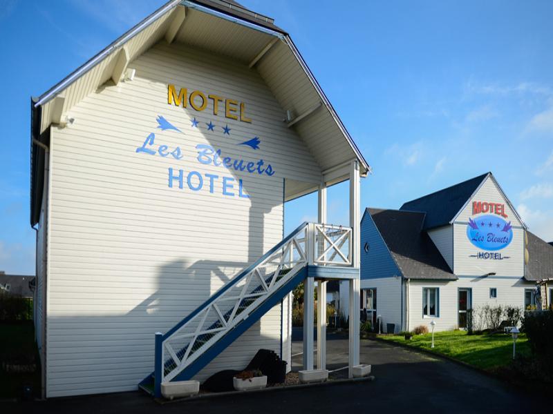 hotel 3 * les bleuets
