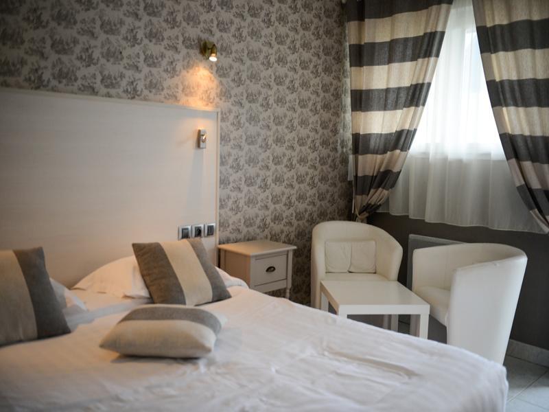 chambre 2 personnes (un grand lit 160*200