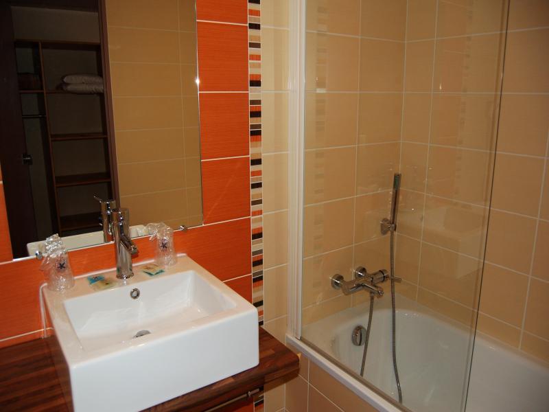 Chambre avec bain