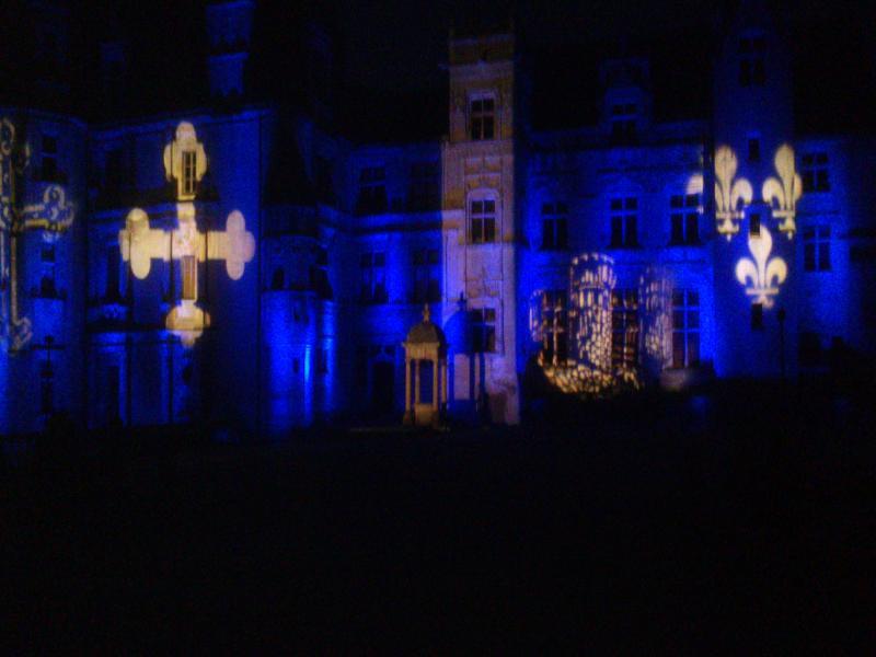 Music-Light: prestataire technique evenementiel. Regie son et lumière - Chateau de Fontaine Henry