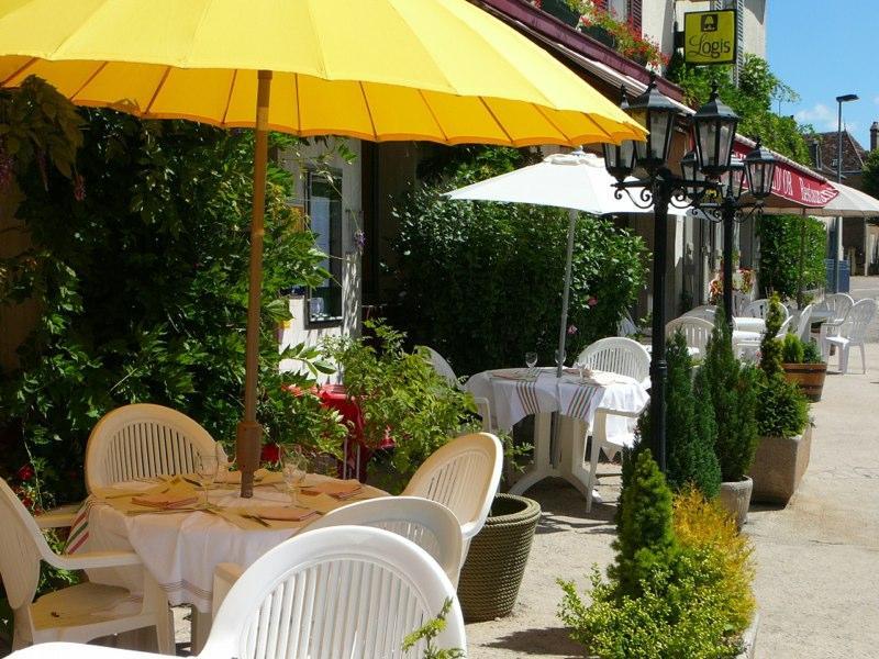 hôtel au soleil d'or - restaurant terrasse
