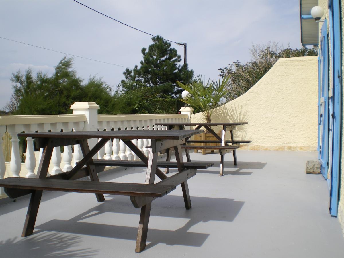 la terrasse devant
