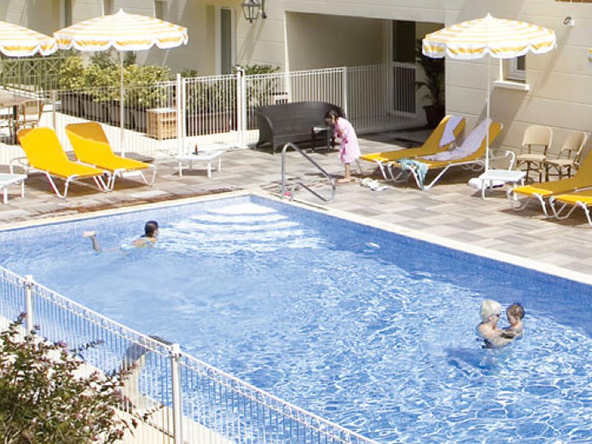Bayeux hôtels Piscine