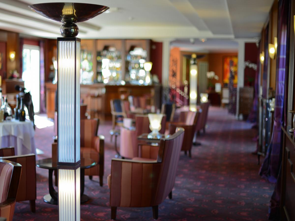 Bar Salon Chemin�e pr�s de Deauville