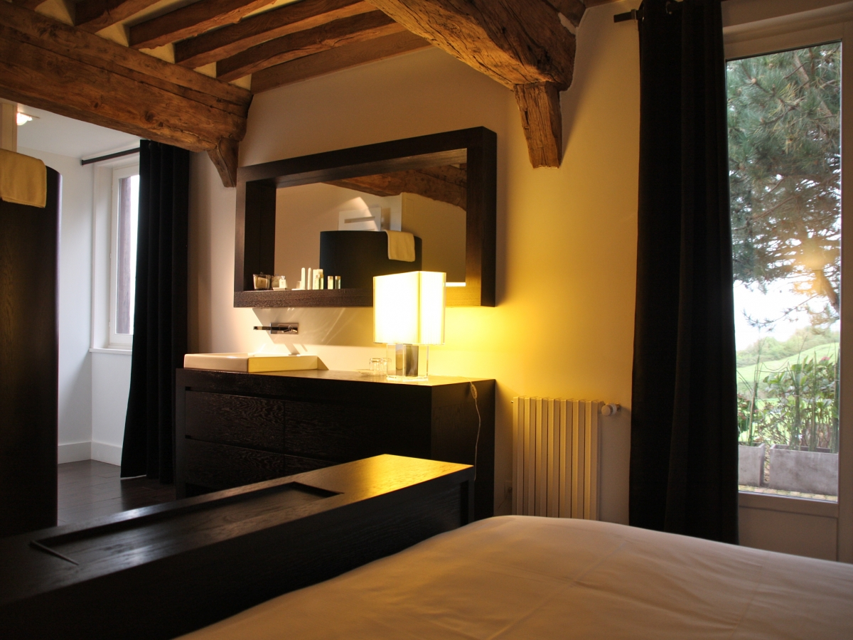 Honfleur boutique hotel charms rooms honfleur hotel for Boutique hotel normandie
