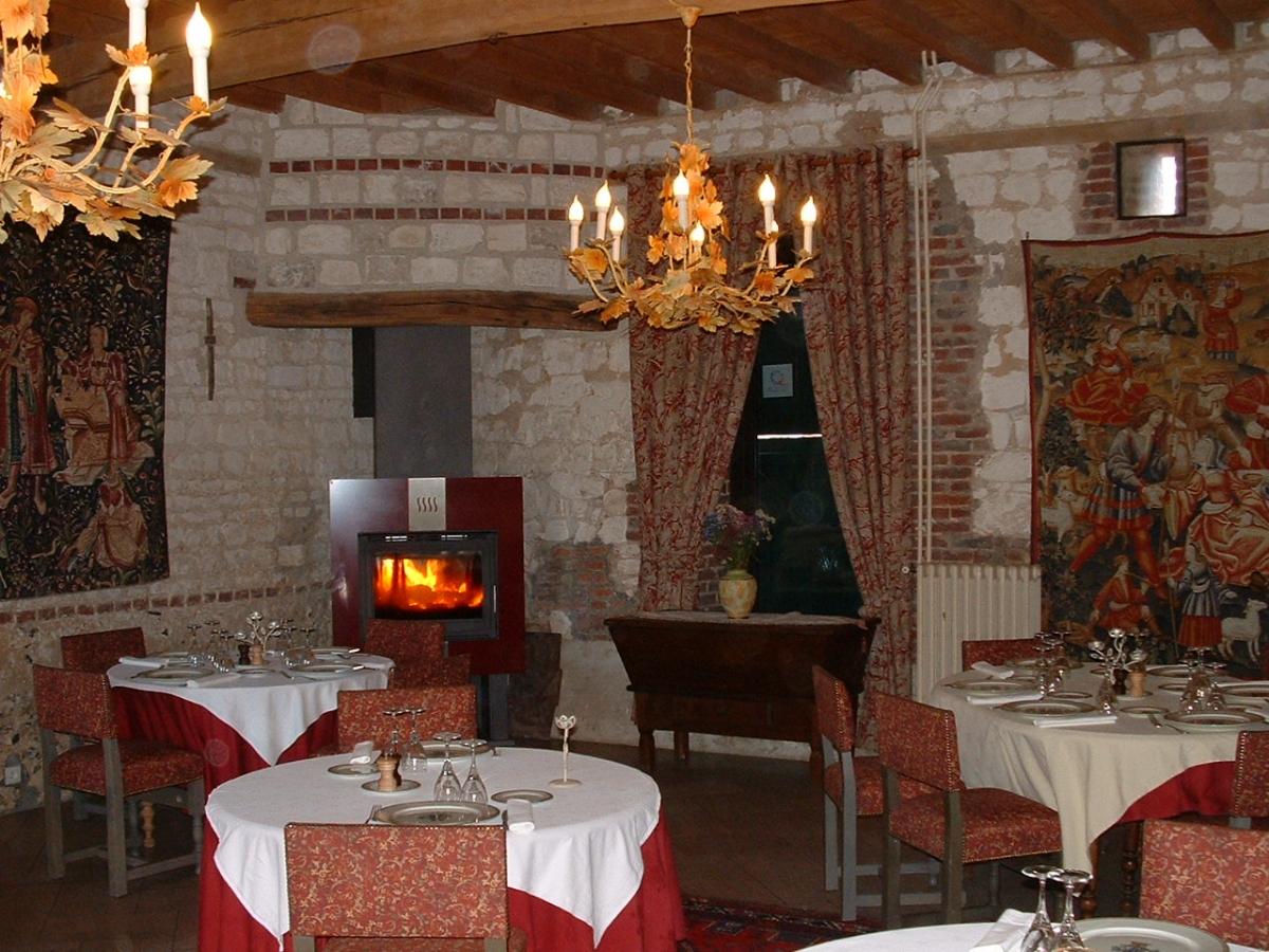 Logis H U00f4tel Et Restaurant Le Clos Du Moulin En Baie De Somme