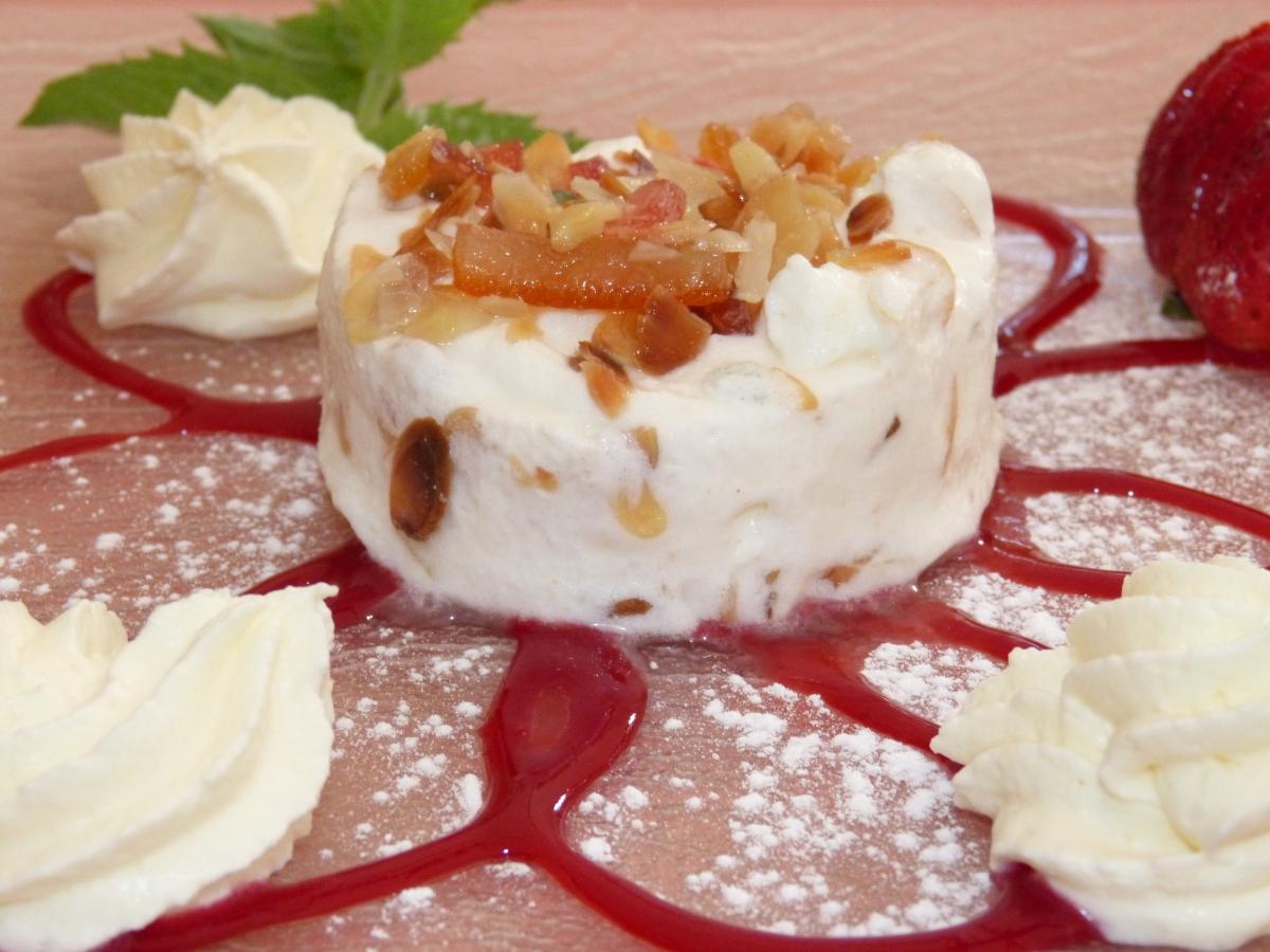 nougat maison aux amandes effiles & fruits confit
