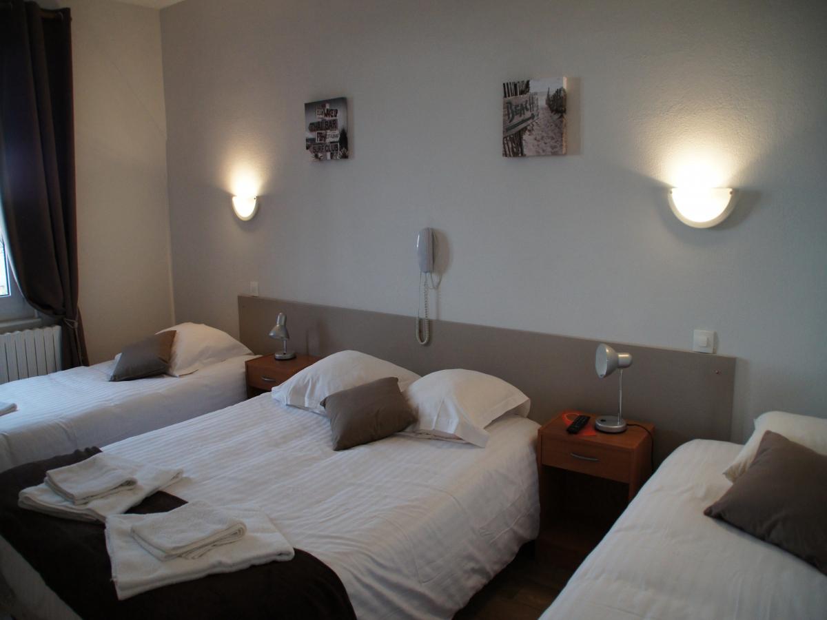 hotel bord de mer ouistreham chambres le cosy hotel plage