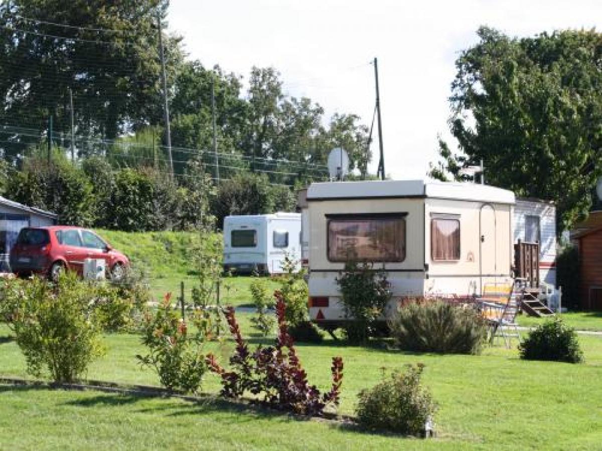 Emplacememt Tente &  Caravane