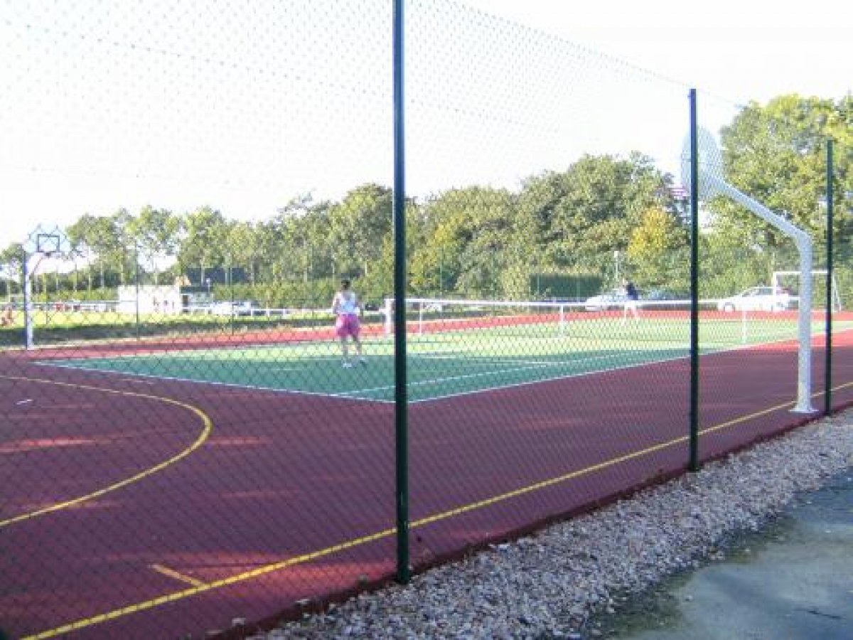 Court de tennis municipal