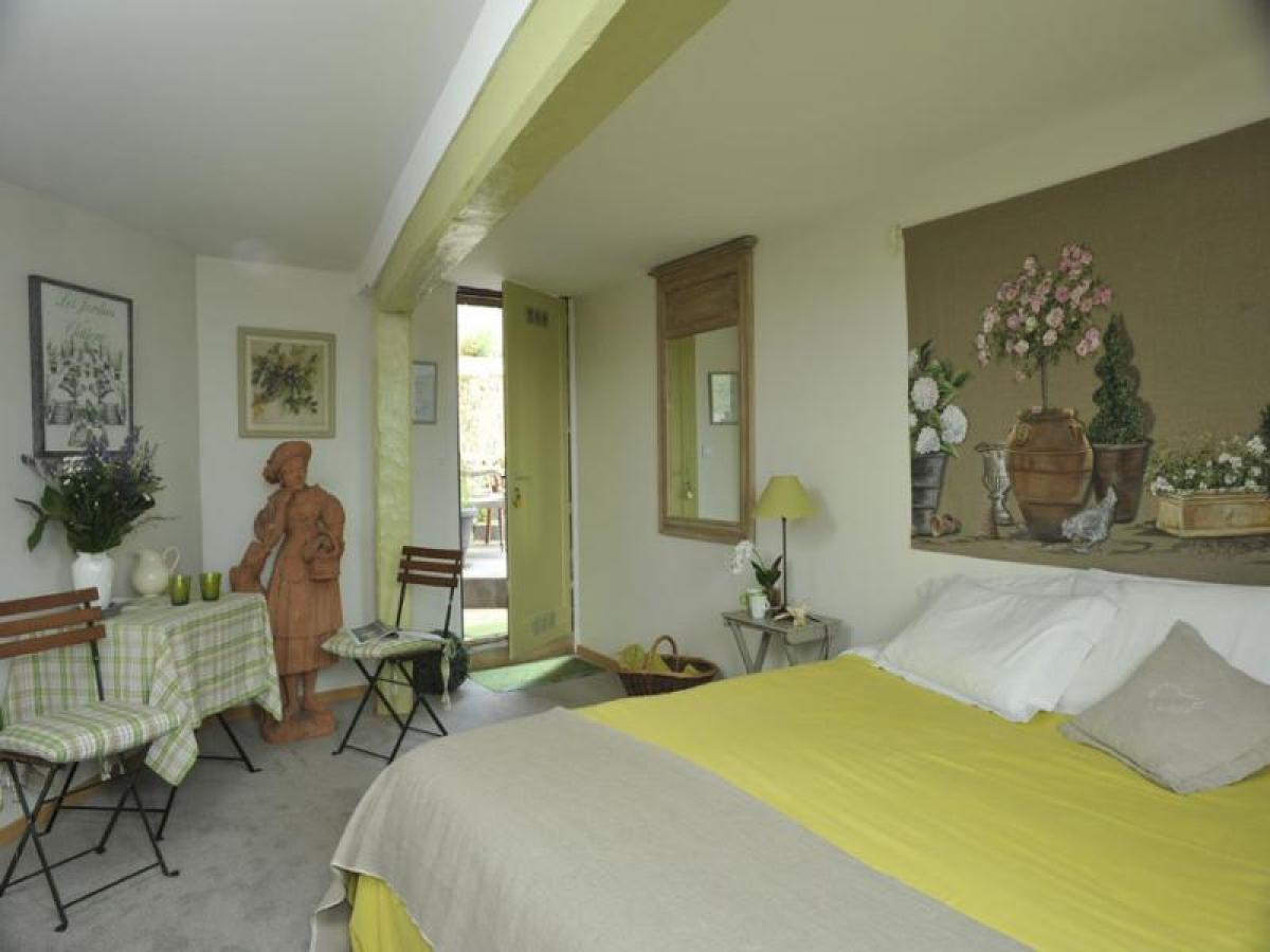 Chambre côté jardin Honfleur