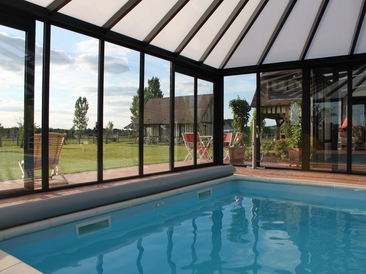 G te questre location d 39 une propri t questre avec - Gite avec piscine couverte normandie ...