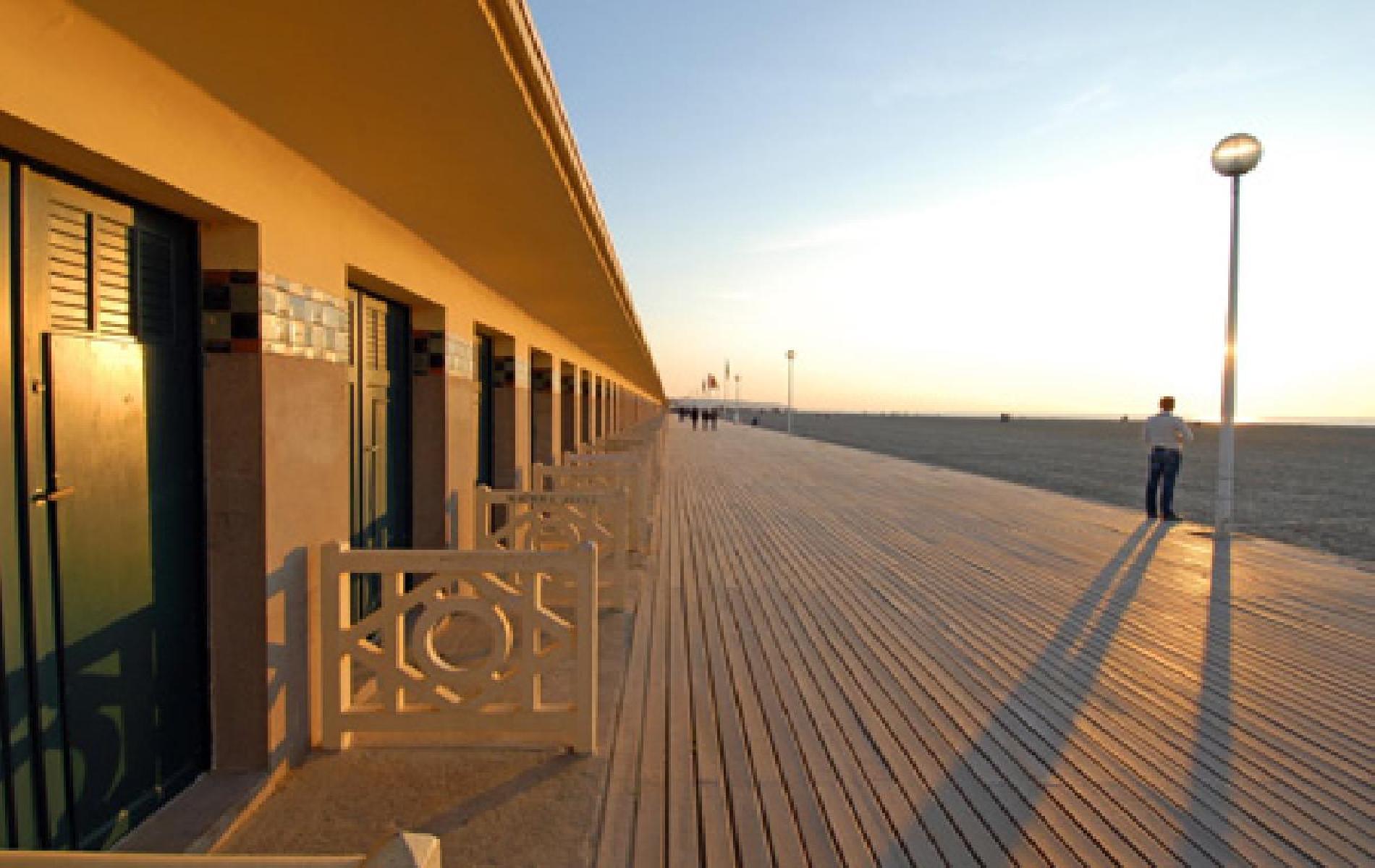Le m h tel hotel honfleur avec piscine spa et parking - Deauville office de tourisme ...