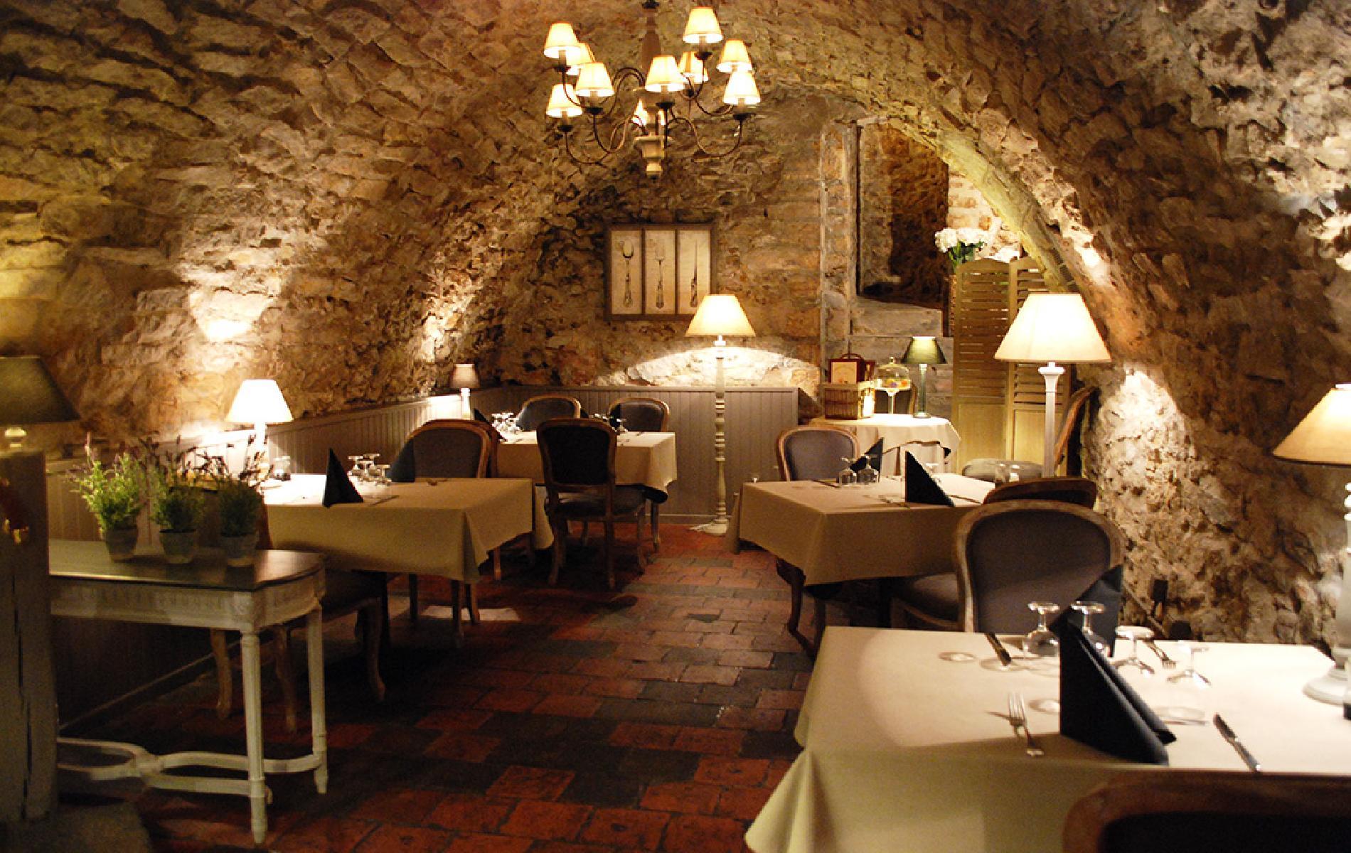 Hotel Le Mans Les chambres 4 continents Domaine de Chateany