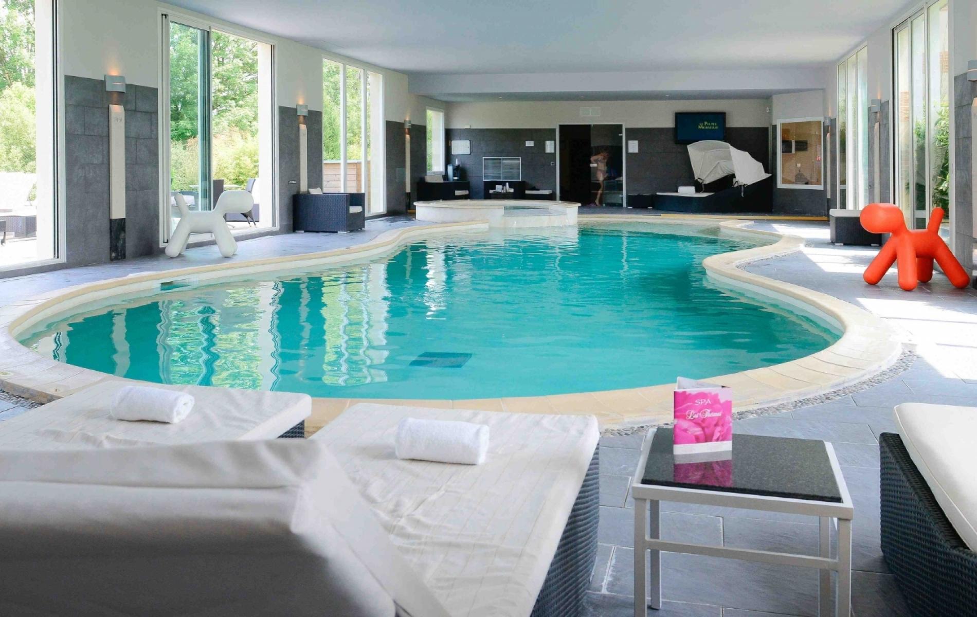 Spa avec piscine chauffée à Deauville