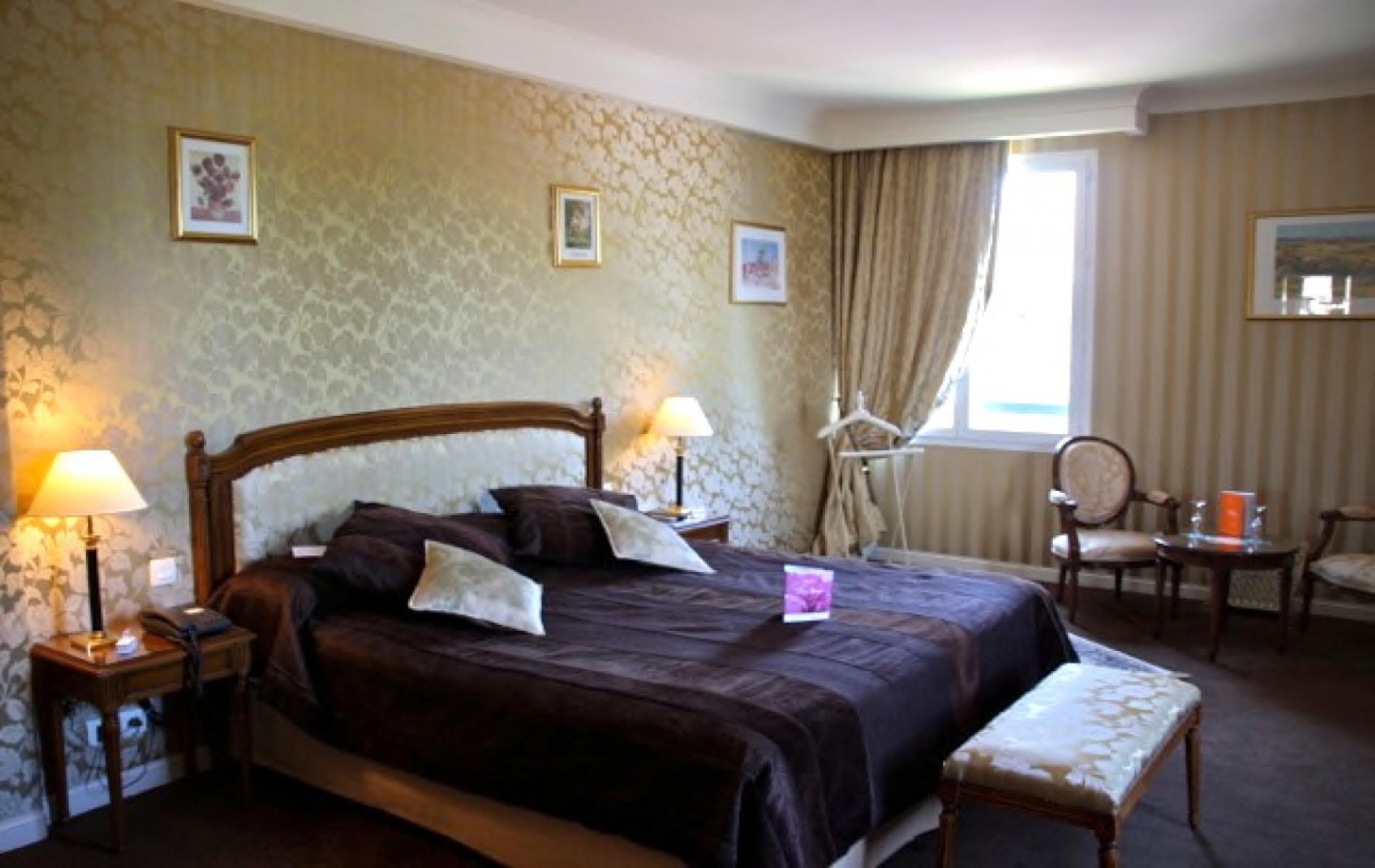Chambre spacieuse pour un séminaire à Deauville