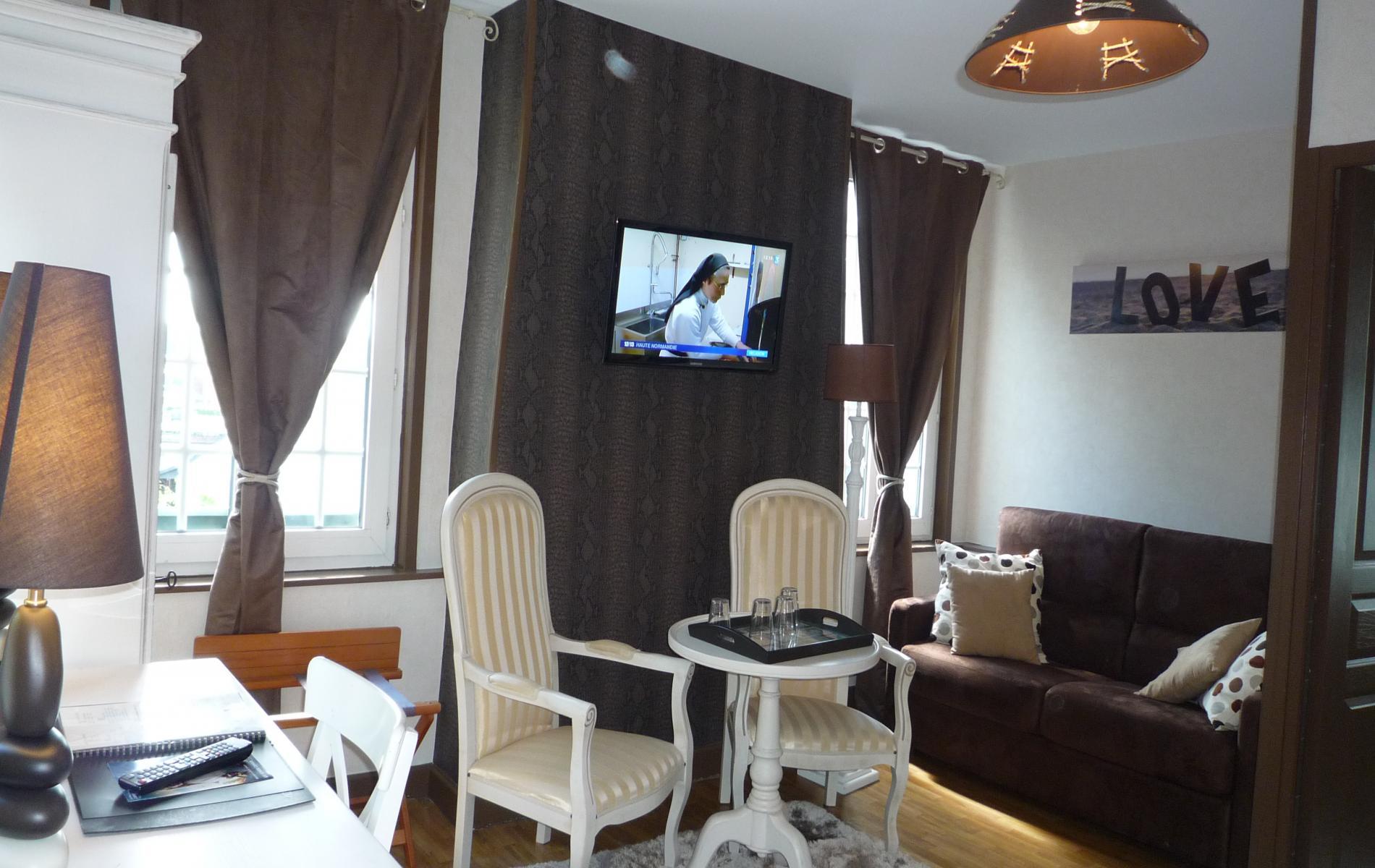 Tapis de salle de bain beige for Chambre design normandie