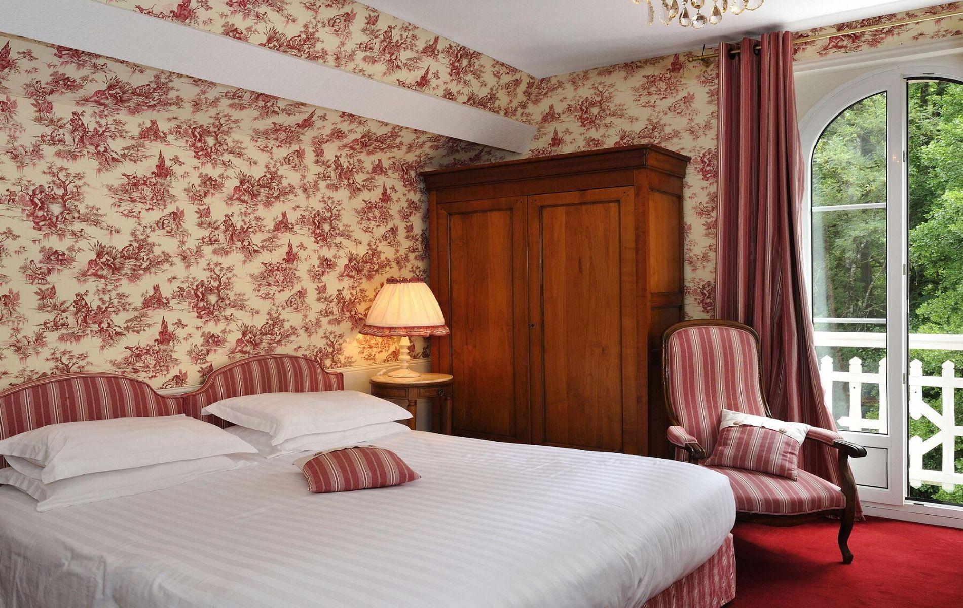 Hotel 2 étoiles Le Roc au Chien à Bagnoles de l'Orne