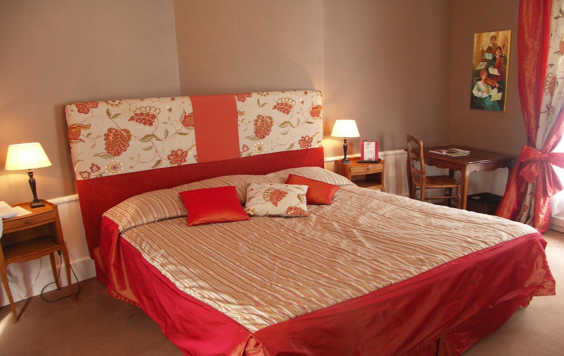 Hotel logis bagnoles de l orne tarifs et offres du roc for Hotel du collectionneur nombre de chambres