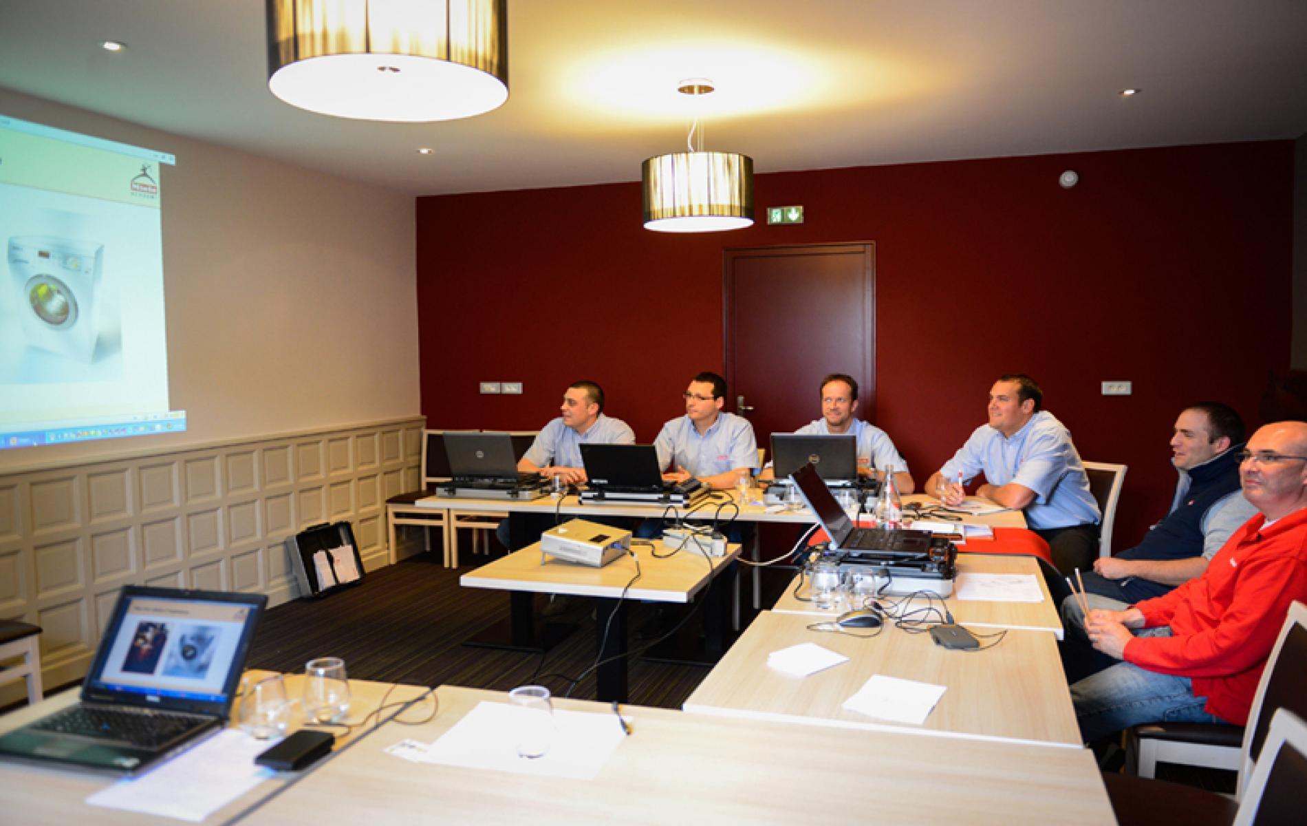 Half-residential seminar
