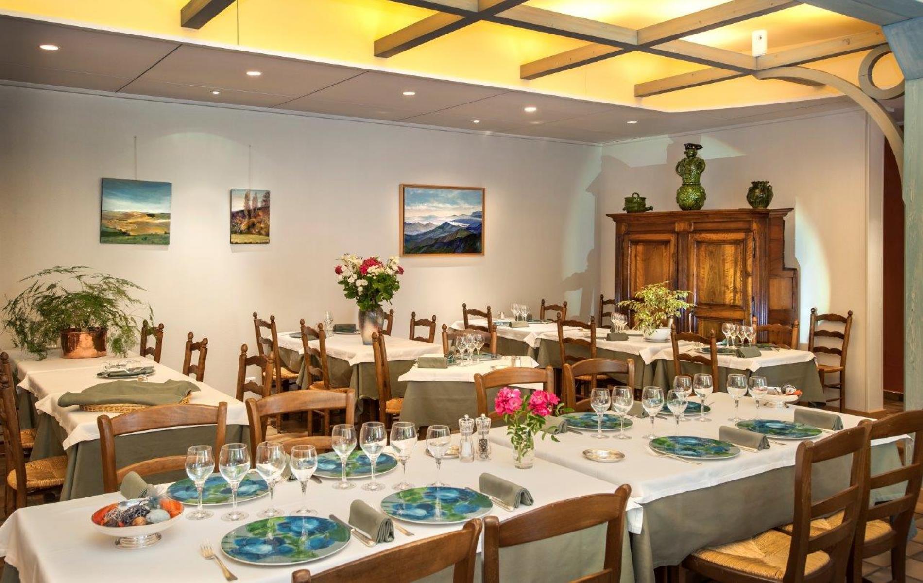 Hotel Restaurant Gastronomique En Lozere