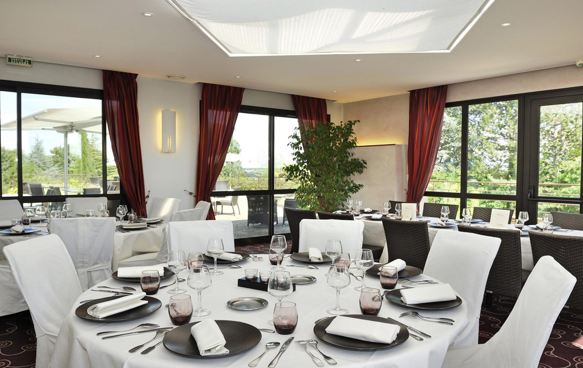 Les Terrasses, restaurant of the hotel Luccotel, Loches, Touraine