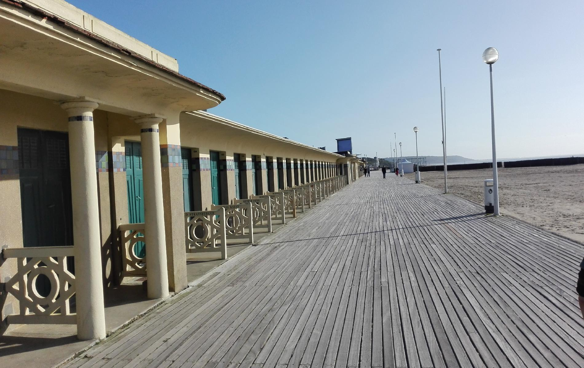 Hotel trouville visit trouville deauville and normandy for Hotels deauville