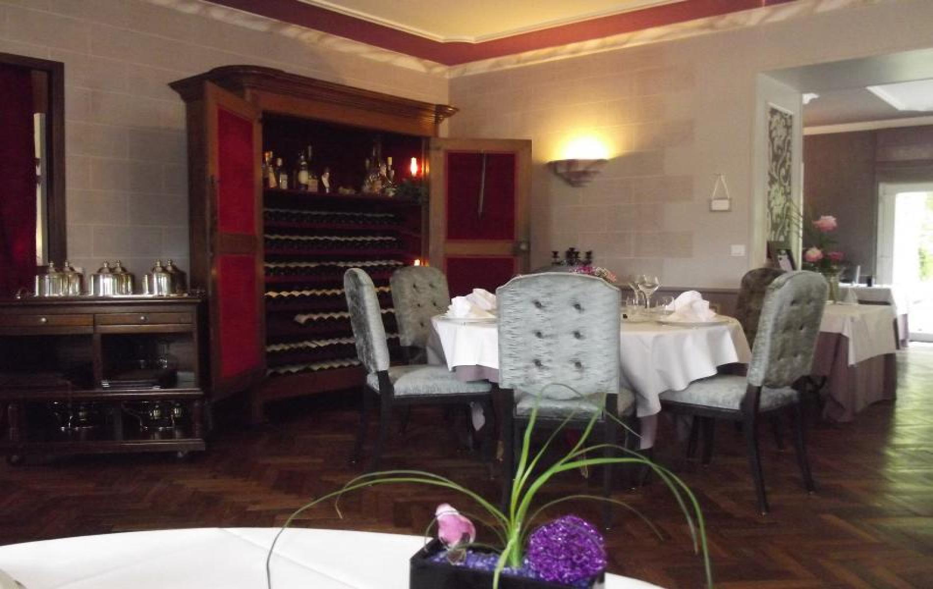 Hotel Restaurant à Mayenne