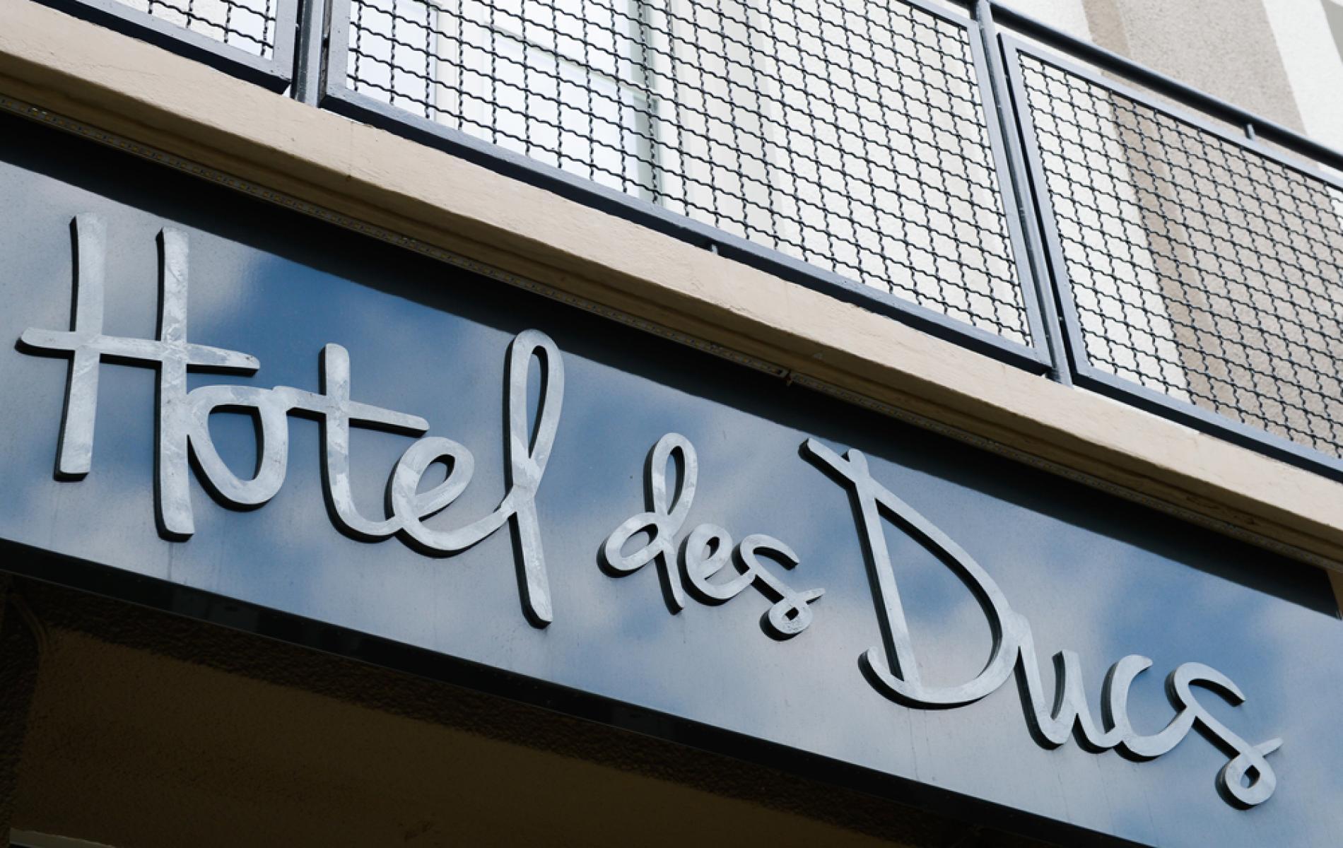 Hotel face à la gare d'Alençon