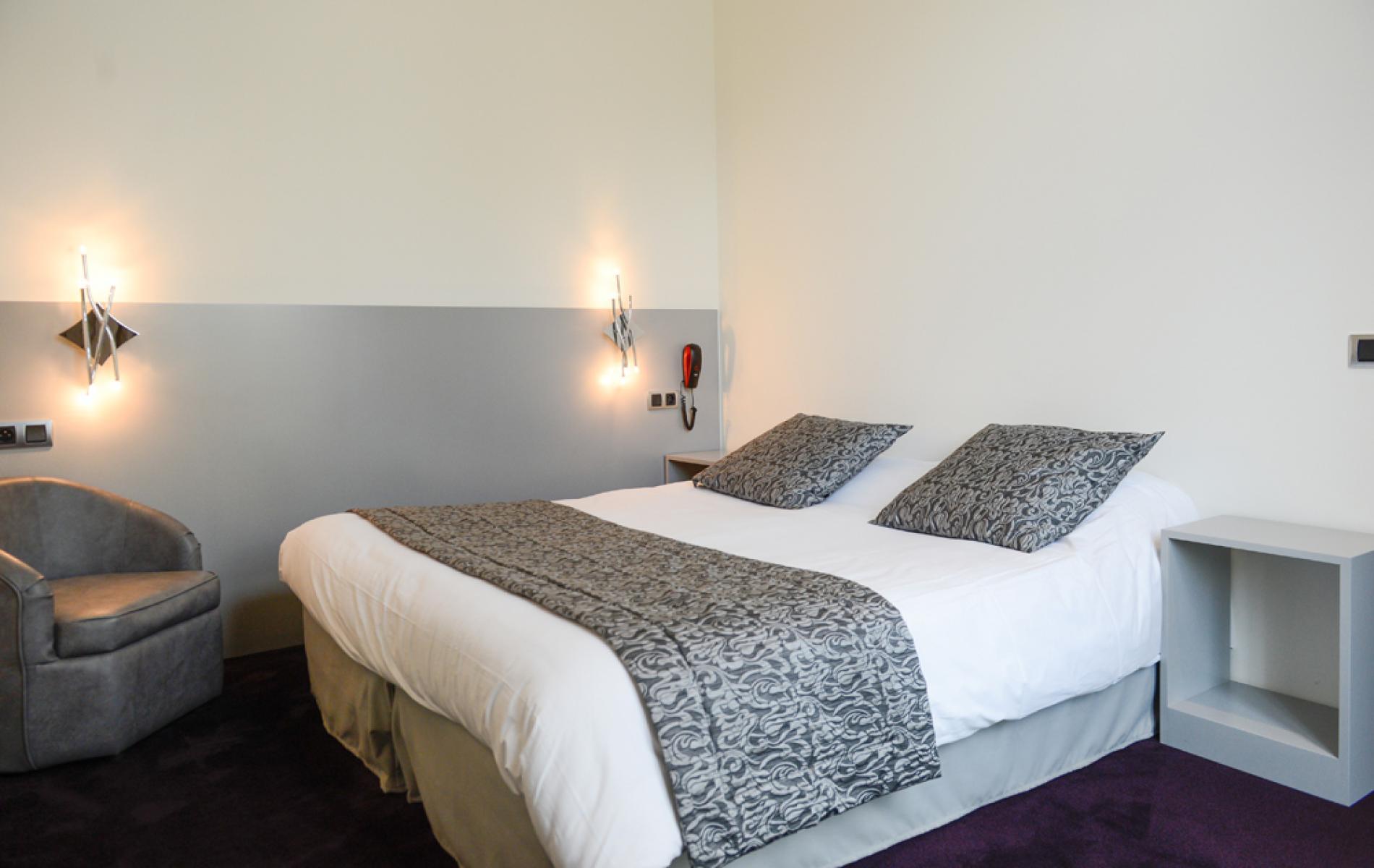 Chambre supérieure hotel Alençon