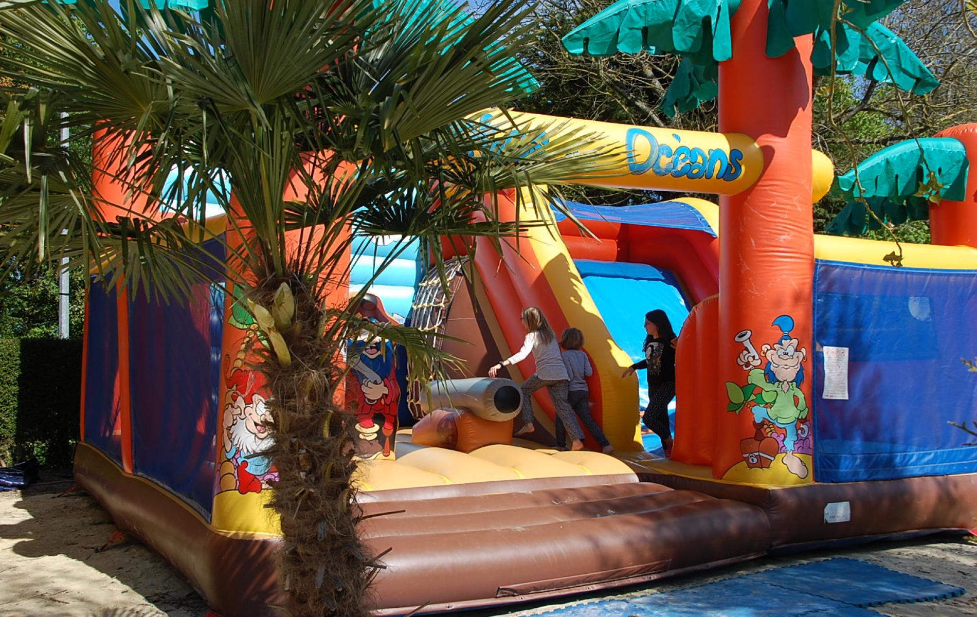 Aires de jeux pour les enfants de tous ages