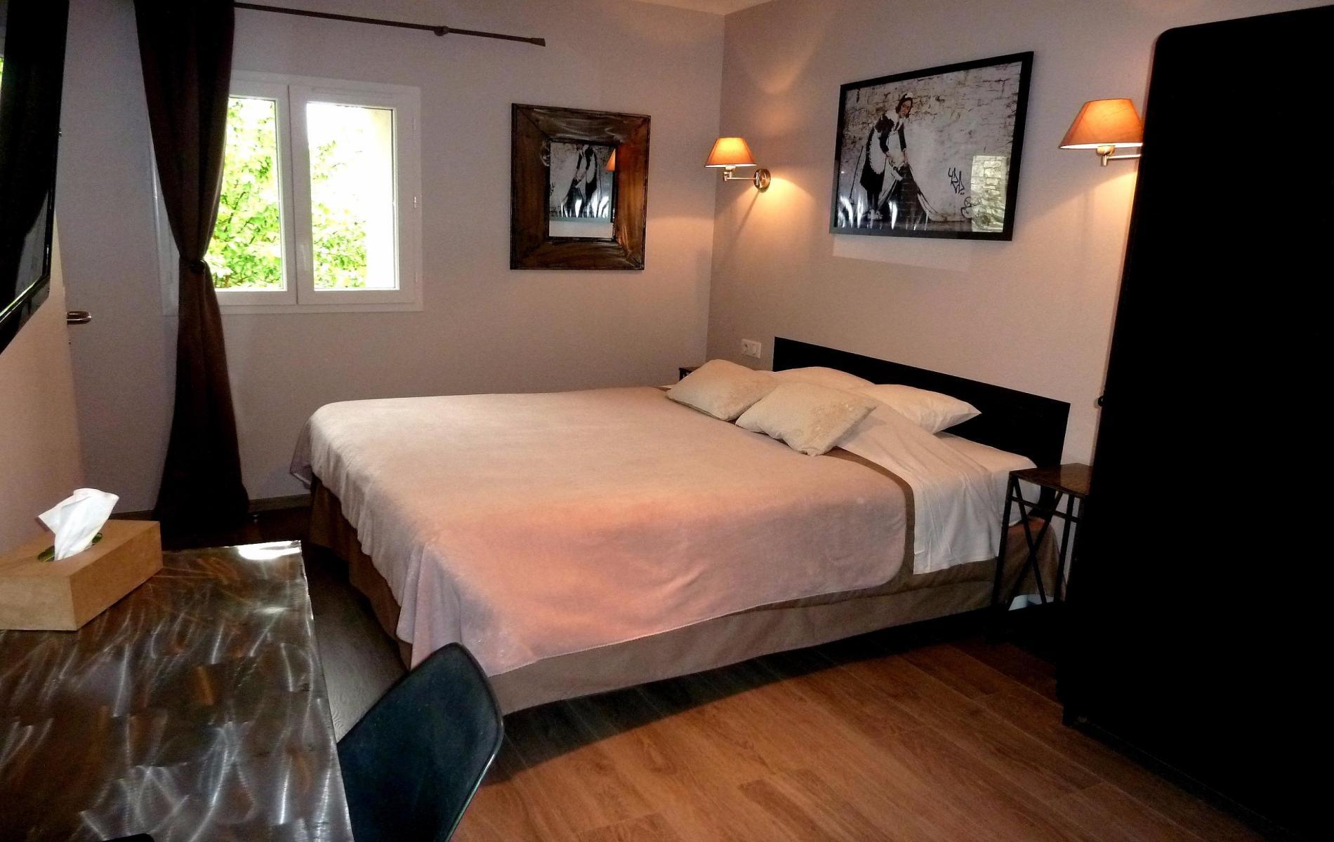 Chambres hotel le vieux lanas