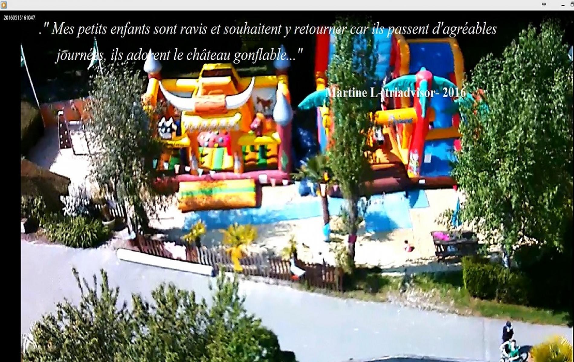 Pour le repos des parents et la joie des enfants, un espace loisir de 350 M2