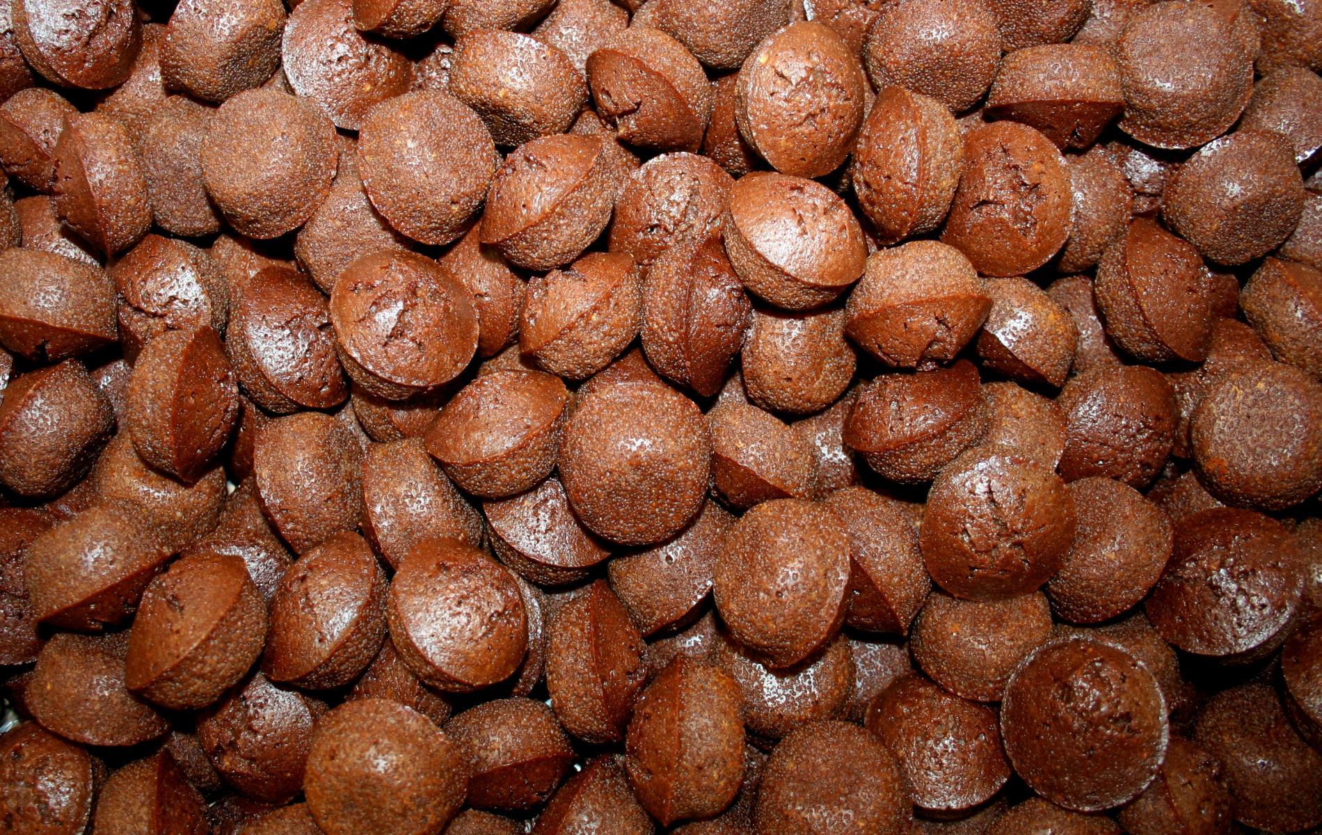 Utilisant la recette initiale du Financier (sans compote de pommes), ces petits moelleux sont vendus désormais en Vrac : carton de 2,8 kg.  DLC : 2 mois