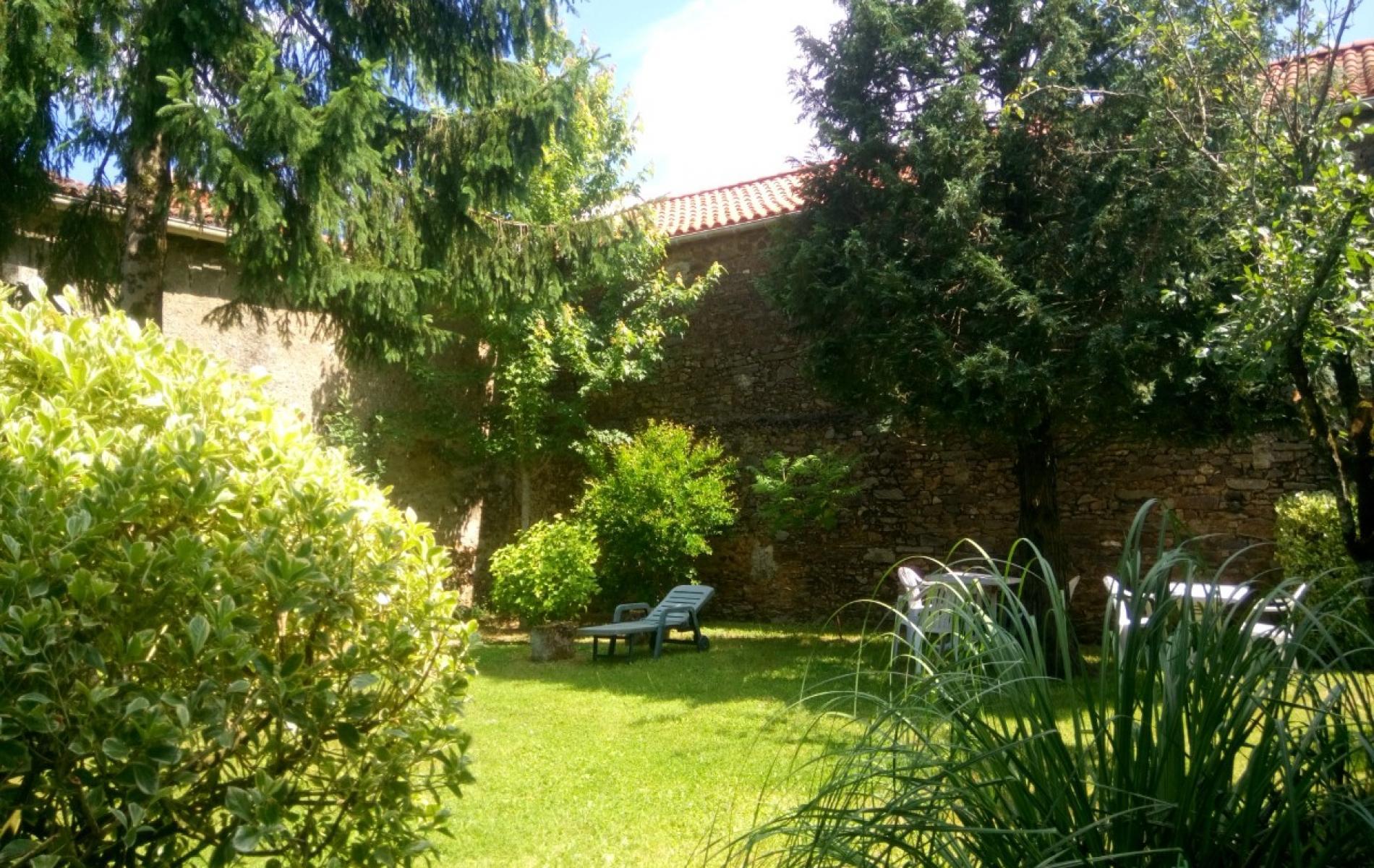 Logis h tel l 39 auberge de la terrasse au coeur de la vend e for Auberge du haut jardin