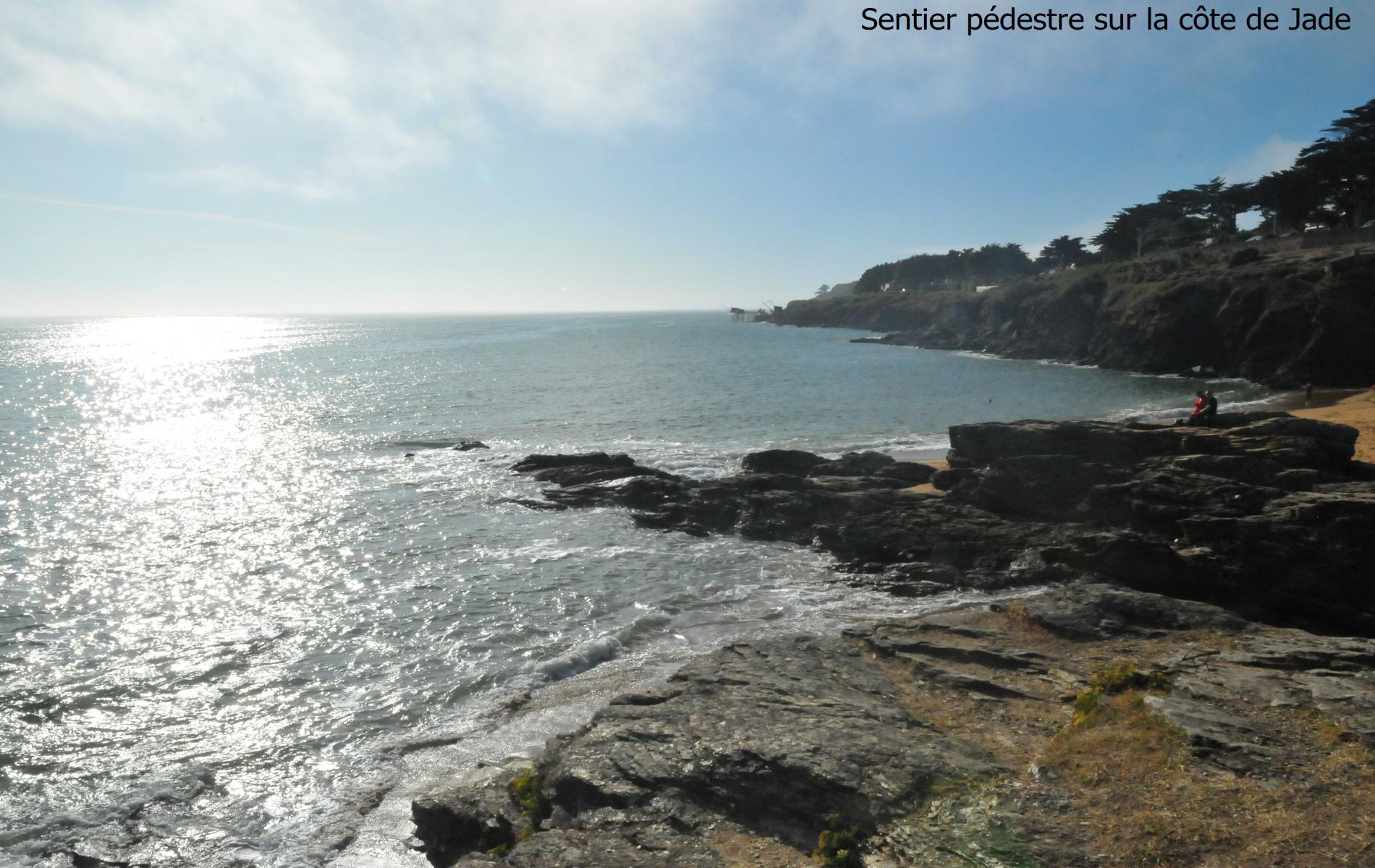 Sentier pédestre sur la côte de Jade
