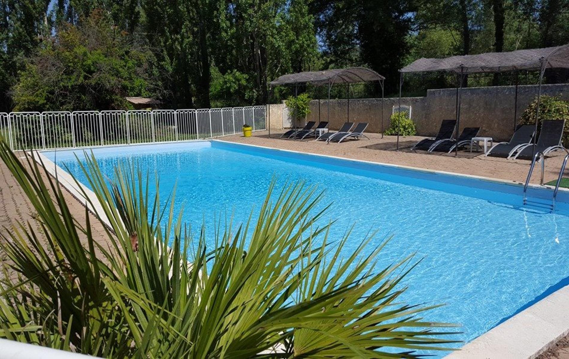 H tel avec piscine mollans sur ouv ze au pied du mont for Hotel mont dore avec piscine interieure