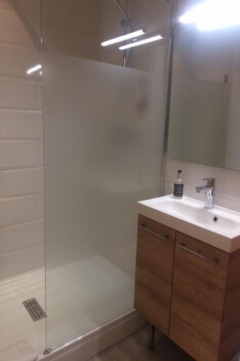 salle de bain chambre 3