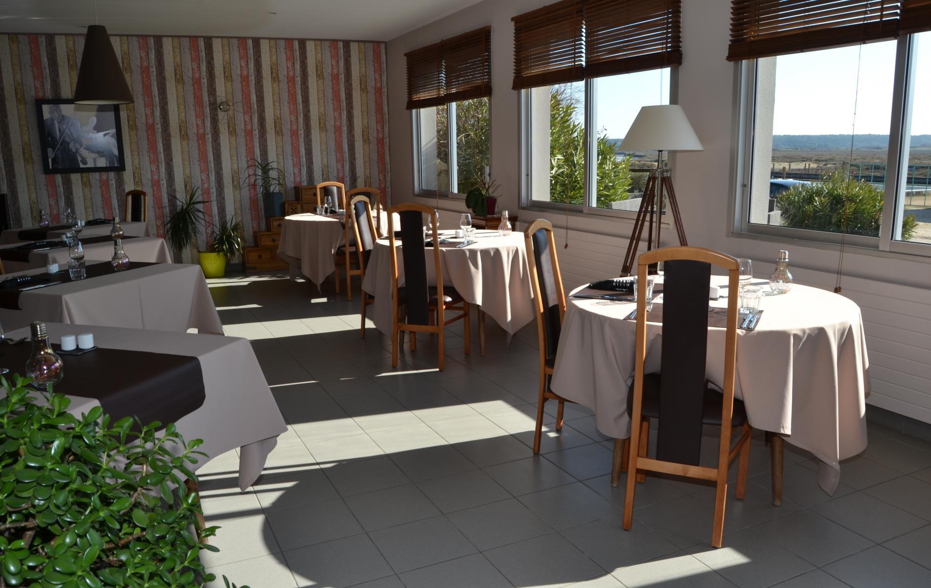 Rayon de soleil sur le restaurant