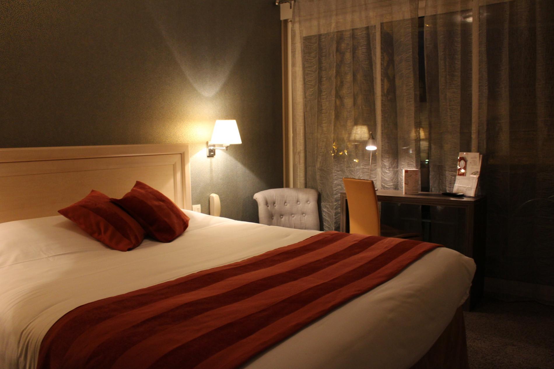 Chambre sup rieure descriptif tarifs les offres du for Tarifs hotel