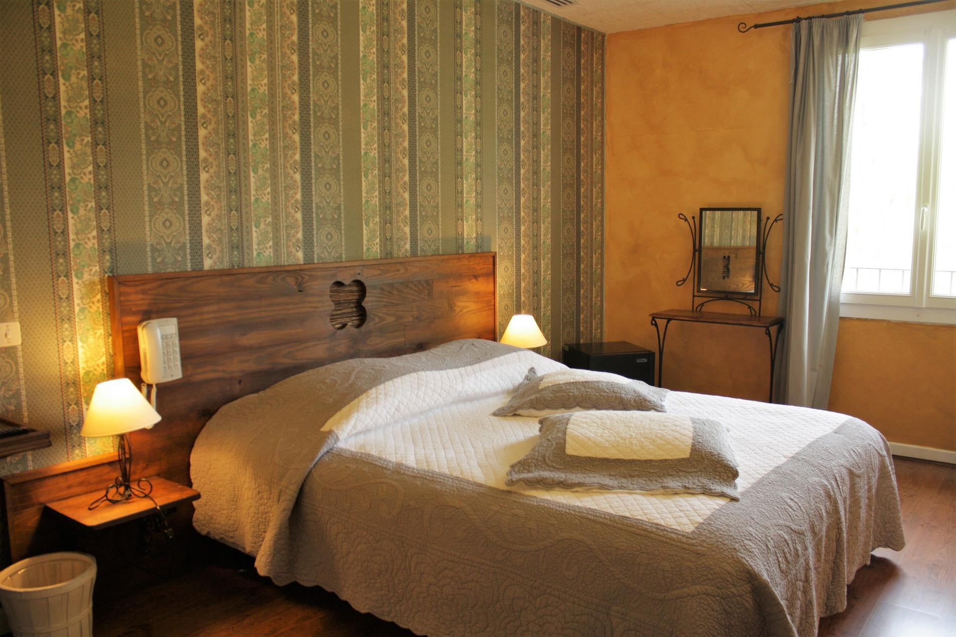 Chambre Provençale Confort grand lit