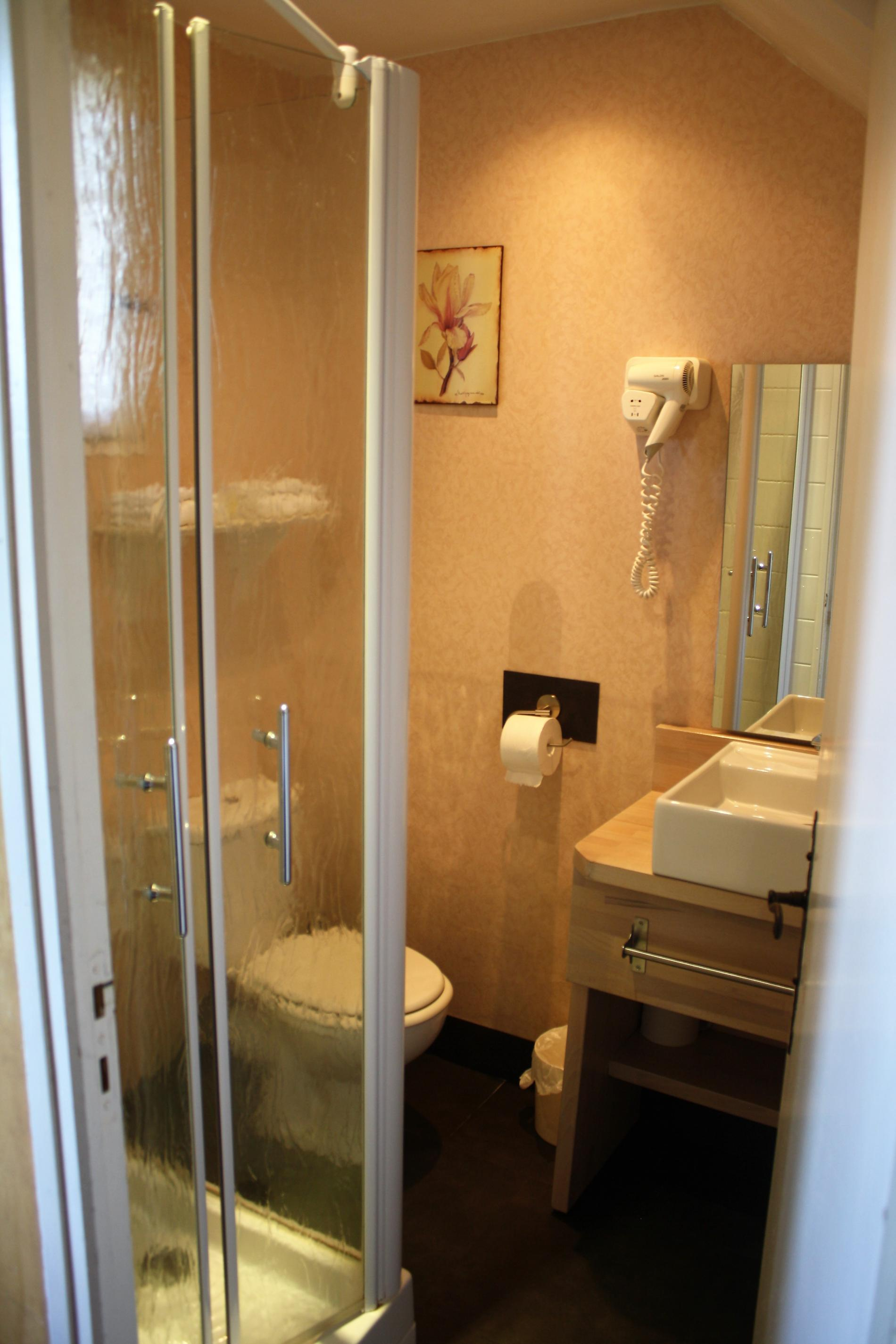 Salle de douche Chambre Provençale Confort