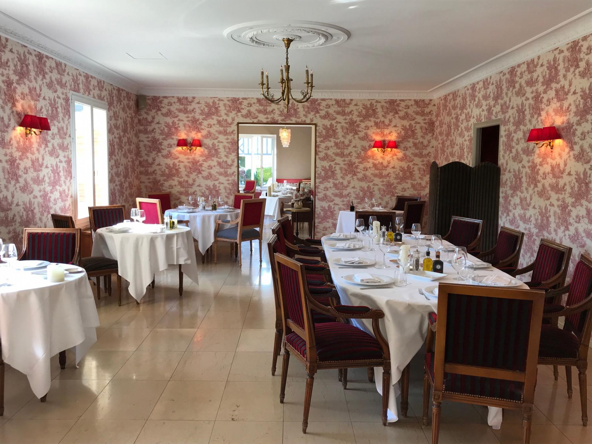 Le restaurant Louis XVI, déjeuner et diner séminaire à Deauville