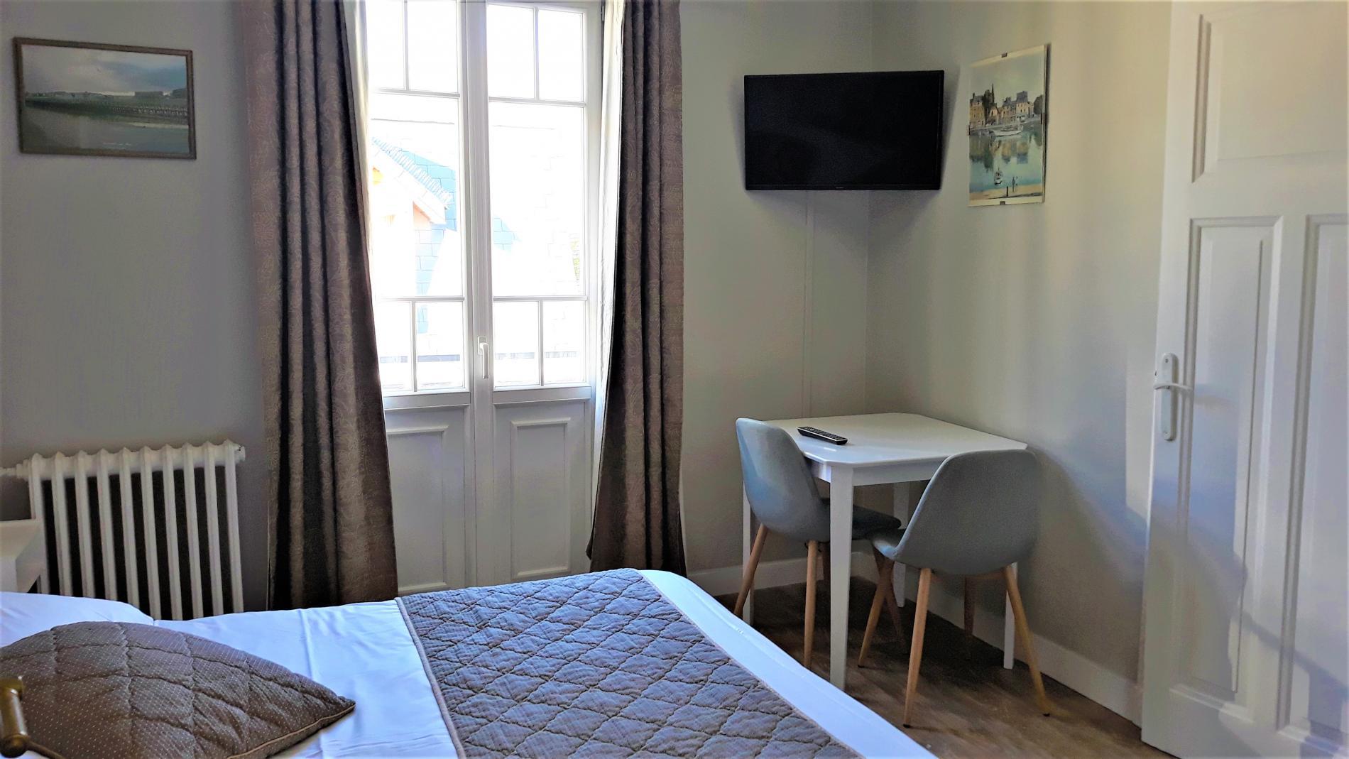 Chambre avec petit balcon